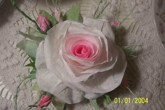 (OneA) Paper Rose Clip