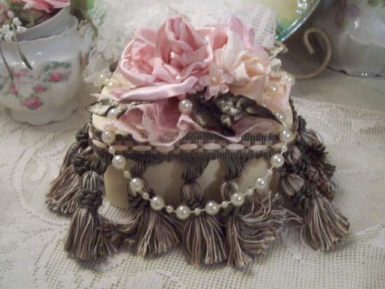 (Francine) Old Fashion Style Wood Shaker Type Box With Hand Sewn Roses And Tassles