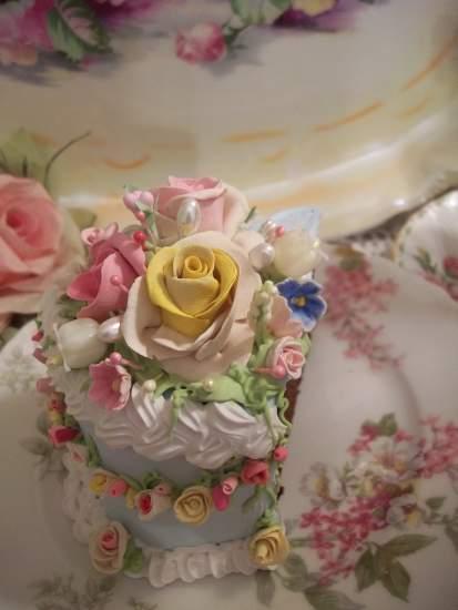 (JudyGarland) Fake Cake Slice