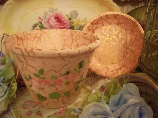 (GildedRose) Handpainted Flowerpot