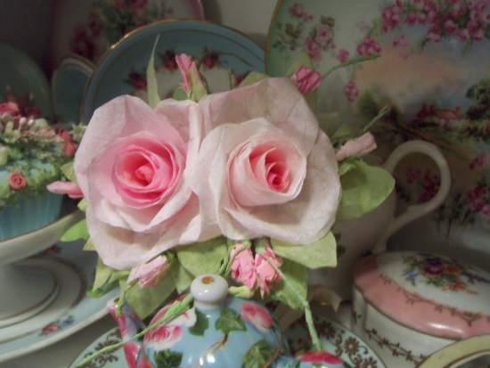 (Donna) Handmade Paper Rose Clip