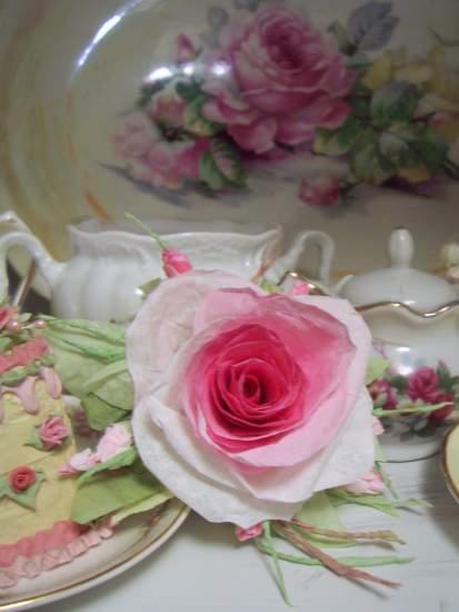 (EllieRosa) Handmade Paper Rose Clip