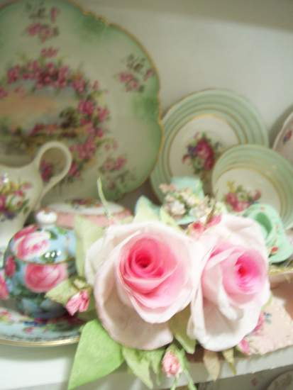 (Francina) Handmade Paper Rose Clip