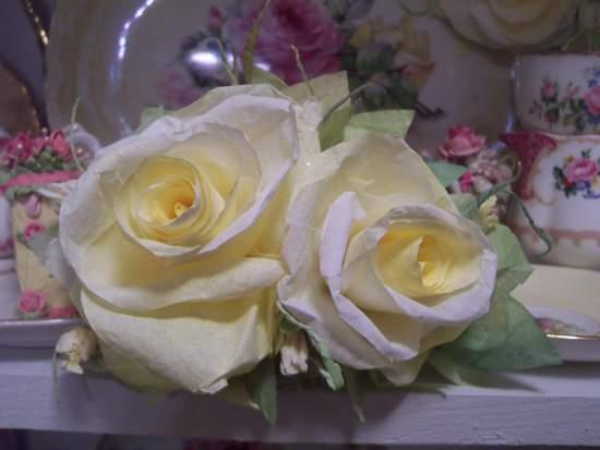 (Gretina) Handmade Paper Rose Clip
