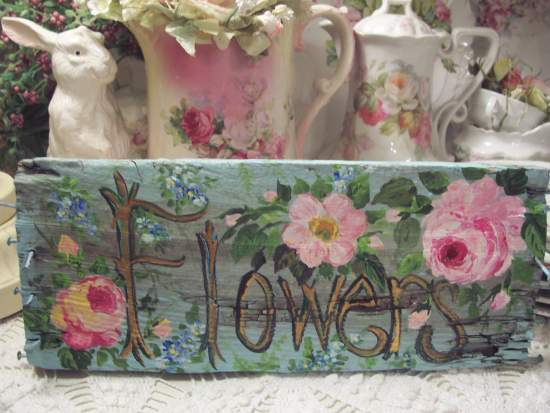 (VERYSHABBYFLOWERS) Handpainted Sign