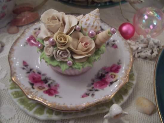 (Seashelly) Fake Cupcake
