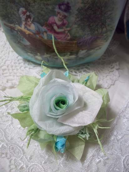 (ContessaLily) Handmade Paper Rose Clip curtain Tie Back Lamp Decor