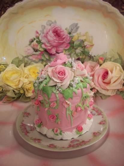 (MaidMarianne) Fake Cake