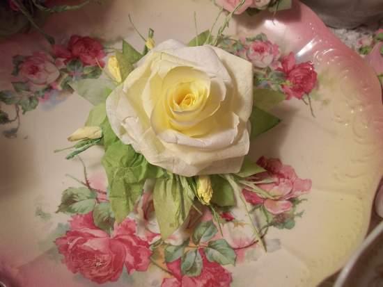 (PaperYellowRose) Paper Rose Clip
