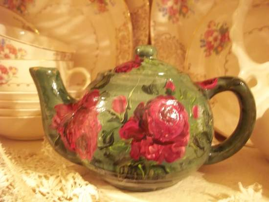 (GreenTea49) Handpainted Teapot