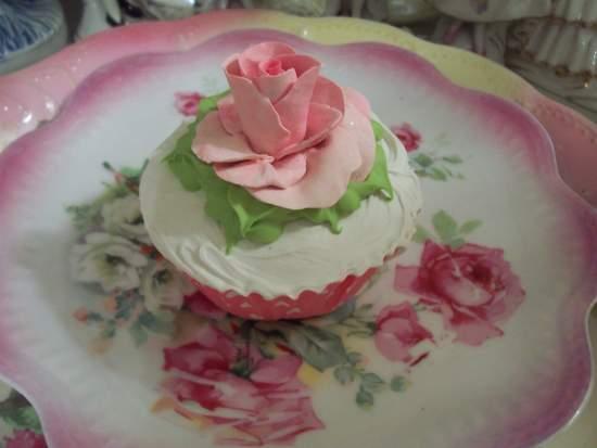 (LaRonda) Fake Cupcake