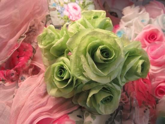(Shamrock)  Paper Rose Bouquet