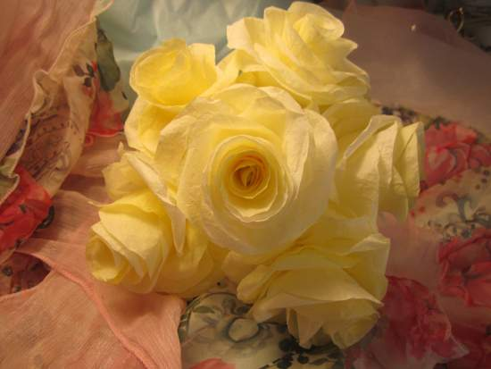 (YellowRoses) Paper Rose Bouquet
