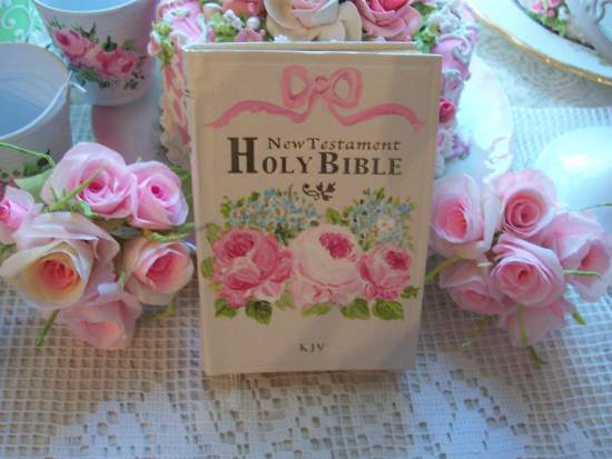 (BibleK) Handpainted Pocket New Testament Bible