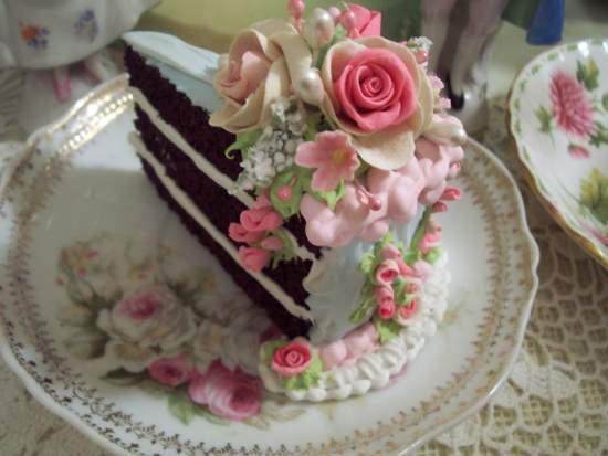 (DelightfulDonna) Fake Cake Slice