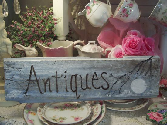 (Antiques) Handpainted Sign