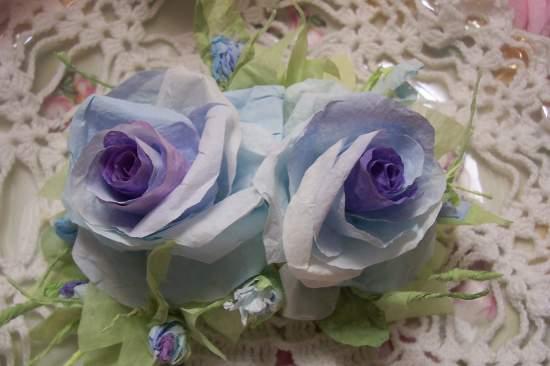 (ElizabethViolet) Paper Rose Clip