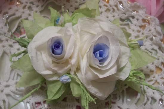 (SkylarAnne) Paper Rose Clip