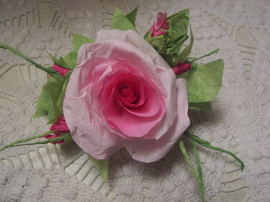 (RoseE) Paper Rose Clip