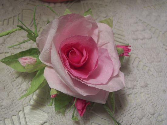 (RoseG) Paper Rose Clip