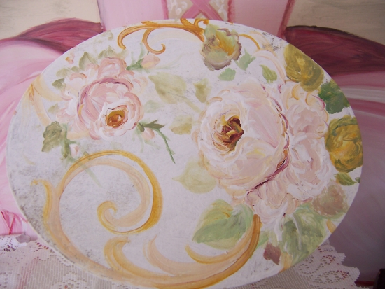 (ivorybox2) Mache` Box Handpainted With Roses