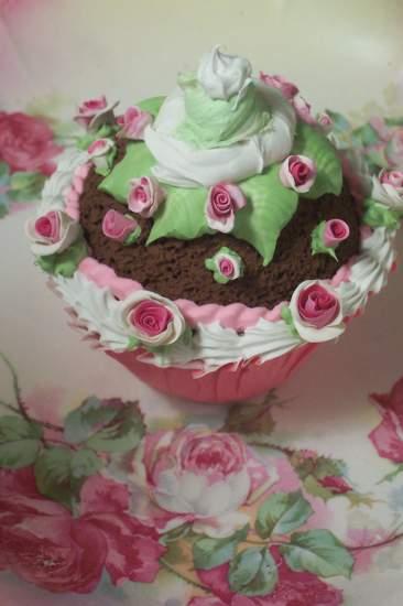 (LargeAndFine) Fake Cupcake