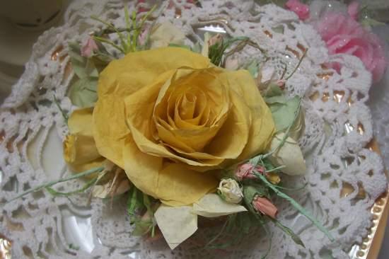 (FlaxinRose) Paper Rose Clip