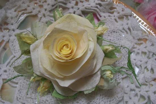 (NoraRose) Paper Rose Clip