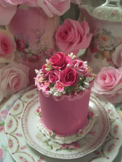 (Kajisa) FUNKY JUNK ROSE DECORATED FAKE CAKE